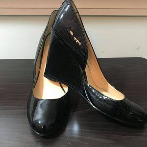 Women's Monet Black Glossy Leather Wedges Size 9M